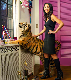 Amy Chua with a tiger in the bedroom (Chinese Superior woman)