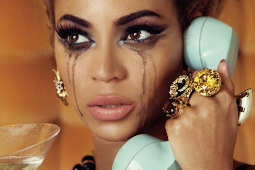 Beyonce crying on the phone with smeared makeup