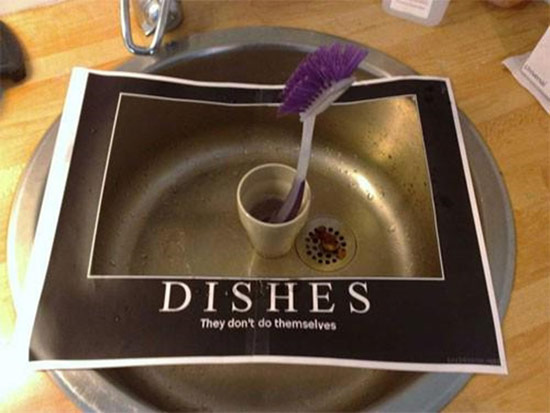 Do the dishes sink reminder on paper