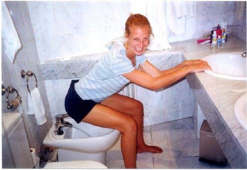 Фото как подмываются девушки 4712 фотография
