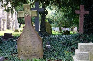 Cemetery garden plot