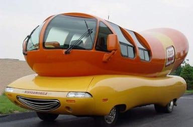 PeePee mobile hot dog car