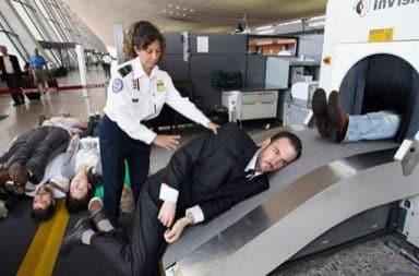 Airline baggage people