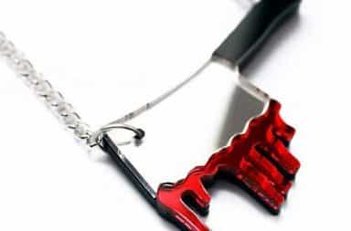 Bloody necklace knife