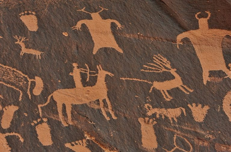 Look at all this cave art who drew it do you think?