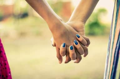 holding hands its so fun