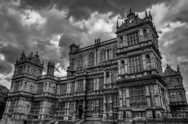 batman's wayne manor