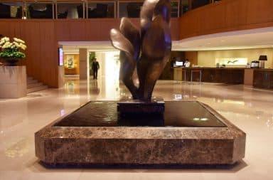 statue!