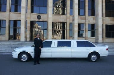 limo driver! he's arrived!