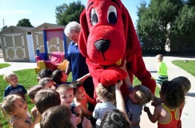 clifford the dog here he go