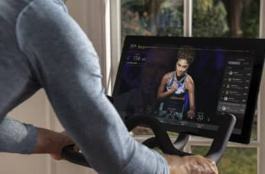 Trainer teaching digitally