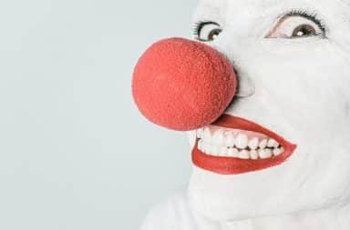 Crazy red clown nose