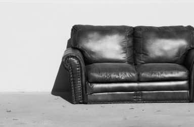 sofa black and white