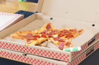 pizza in a very fun shape... heh heh heh