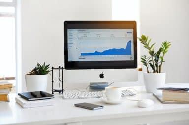 Business laptop graphs